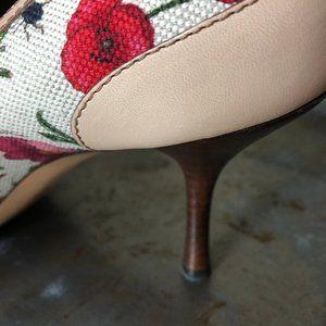 Gucci Floral Print Horsebit Heel size 9
